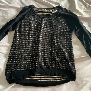 Quarter length sweater